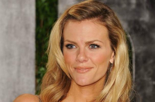Brooklyn Decker Offers Diet Tips