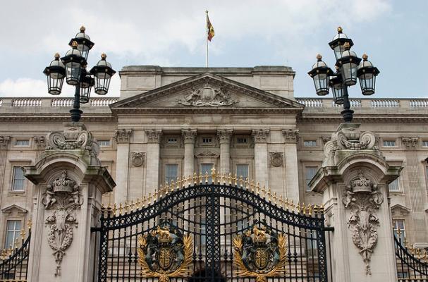 The Buckingham Palace Serves Australian Comfort Food