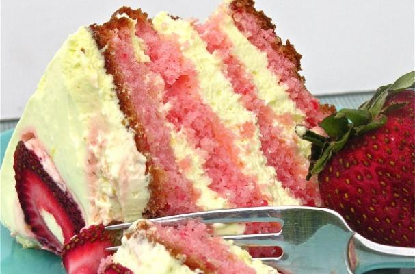 Foodista Luscious Strawberry Lemonade Layer Cake