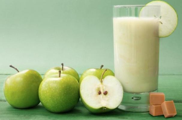 Caramel Apple Soy Milk Shake