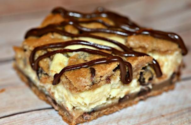 Cheesecake-Stuffed Chocolate Chip Cookie Bars