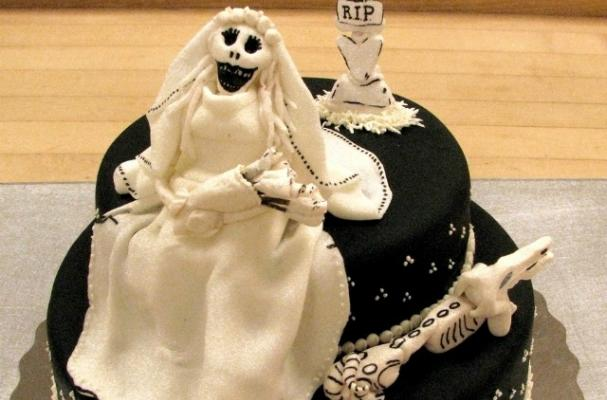 The Corpse Bride Cake is a Haunting Treat for Halloween