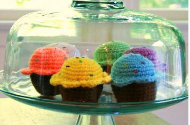 Ana Paula's Amigurumi Patterns  Random Cuteness: Cupcake!
