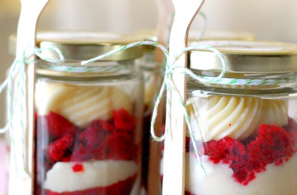 Foodista | Gotta Have It: Red Velvet Cupcakes in a Jar