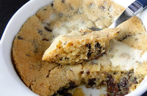 Mouth-Watering Deep Dish Chocolate Chip Cookies
