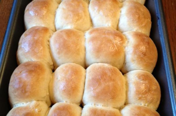Perfect 1 Hour Dinner Rolls