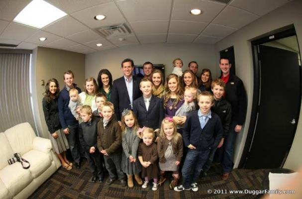 What the Duggar Family Eats in One Day