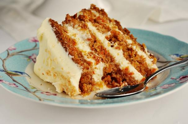 Foodista Mouth Watering Hawaiian Carrot Cake With Coconut Icing