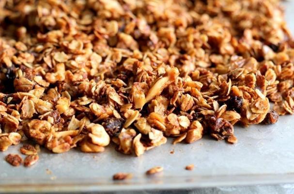 Snacks to Go: Homemade Granola