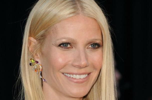 Gwyneth Paltrow Celebrates Thanksgiving in London
