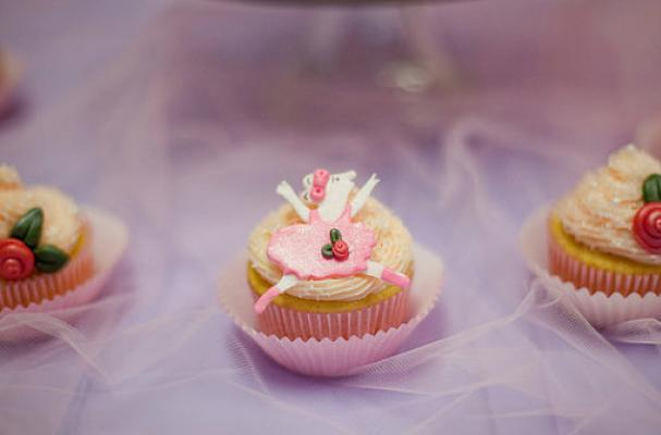 Claudia Cupcake Lady