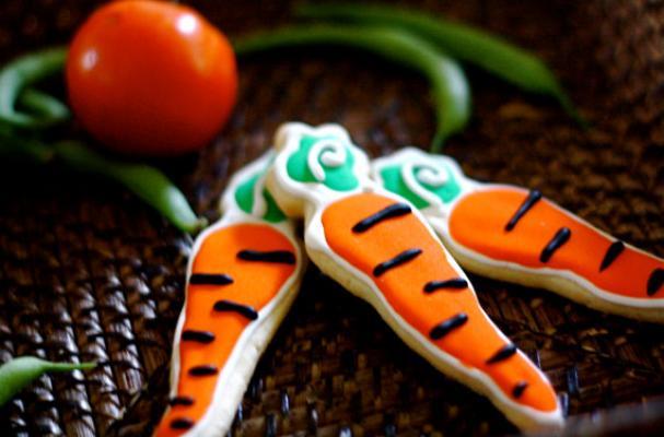 Curvy Carrot Sugar Cookies