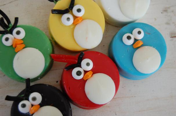 Angry Birds Chocolate-Covered Double-Stuffed Oreos