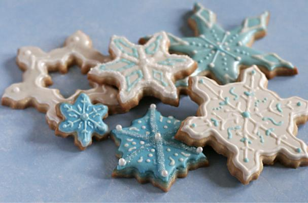 Foodista Winter Wonderland Snowflake Sugar Cookies