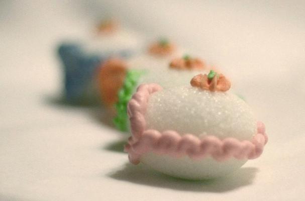 Miniature Sugar Eggs