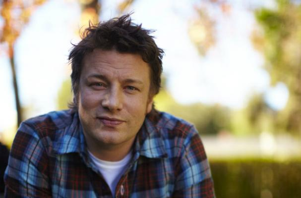 Jamie Oliver Compares Energy Drinks to Cocaine