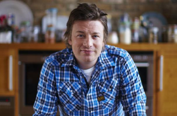 Jamie Oliver Announces New Show 'Chef Race: UK vs. US'