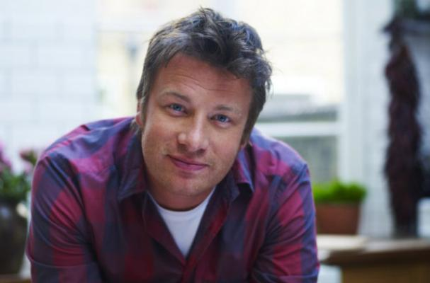 Jamie Oliver to Open a Hot Dog Diner