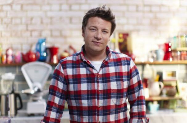 Jamie Oliver to Donate Cookbooks to Every Library in the UK