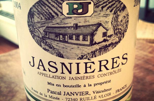 aged white wine Jasnières