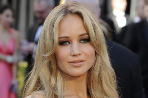 Jennifer Lawrence is Not Worried About her Eating Habits