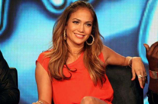 Jennifer Lopez Gives Ellen DeGeneres a Year's Supply of Steaks