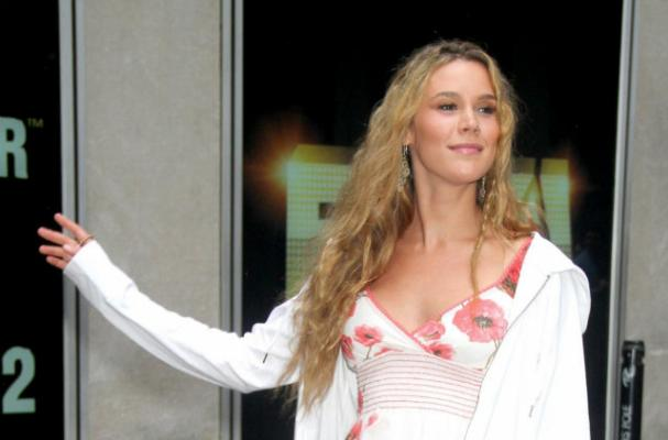 Joss Stone has a Refreshingly Healthy Attitude Toward her Weight
