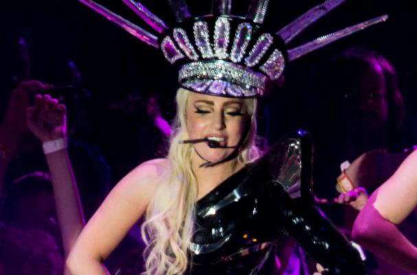Lady Gaga to Release Healthy Drinking Water Brand