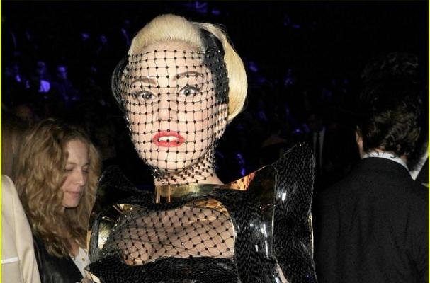 Lady Gaga Causes Controversy with 'Pop Stars Don't Eat' Tweet