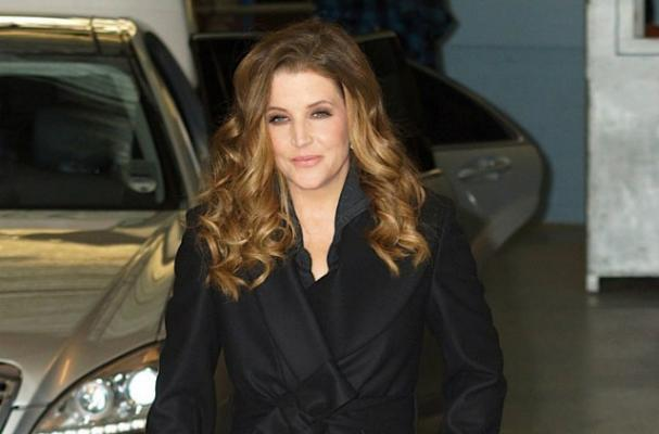 Lisa Marie Presley Spent a Day Working on a British Food Truck