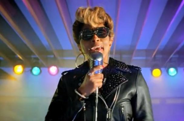 Mary J. Blige Stars in New Burger King Commercial