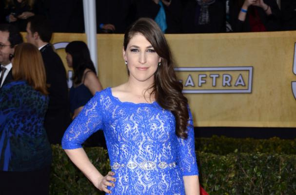Mayim Bialik was Unimpressed with the SAG Awards Vegan Menu