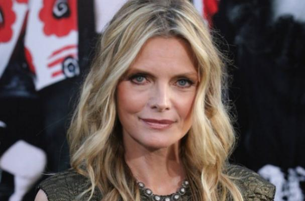 Michelle Pfeiffer Says Her Vegan Diet Keeps Her Looking Young