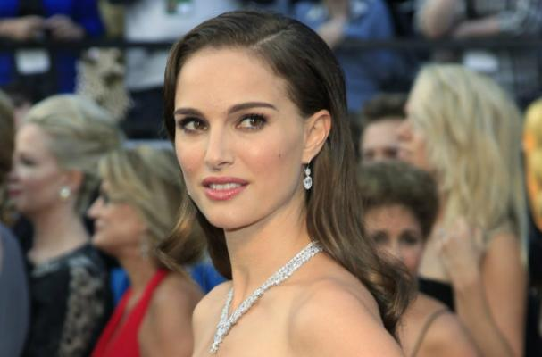 Natalie Portman Serves Vegan Menu at Wedding