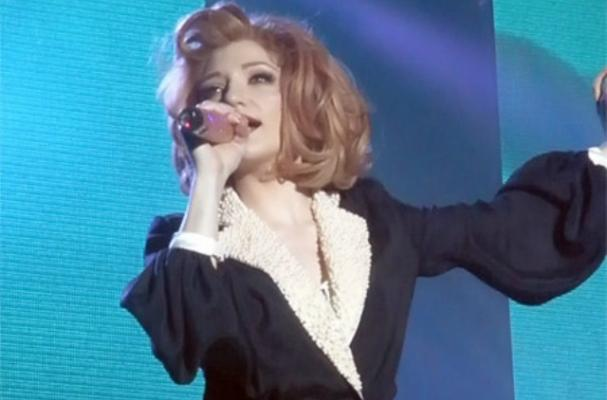 Nicola Roberts Defends her Small Frame