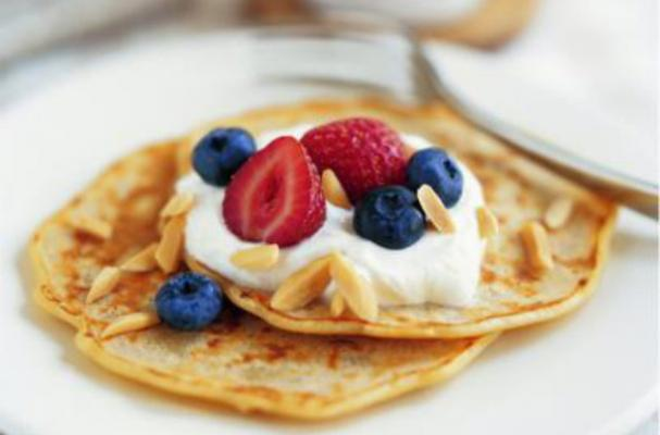 Oatmeal Almond Pancakes are the Perfect Pancake Tuesday Meal