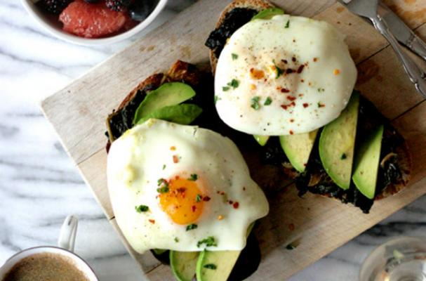 Beautiful Brunch: Olive Oil Poached Eggs
