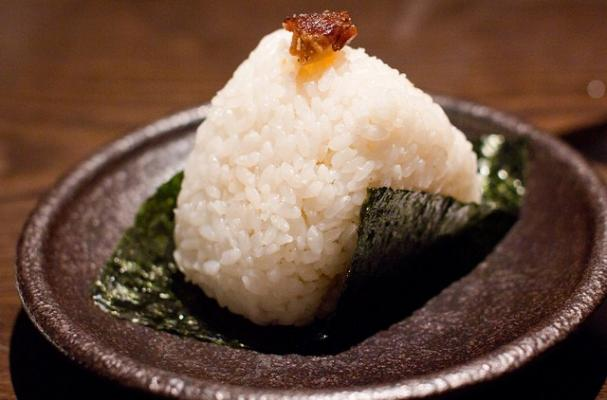Foodista | How to Make Japanese Rice Balls