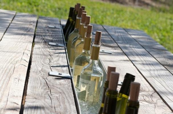 picnic table wine tasting