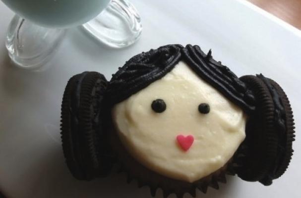 princess leia cupcake