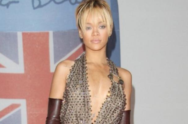 Rihanna Loves to Snack on Popcorn