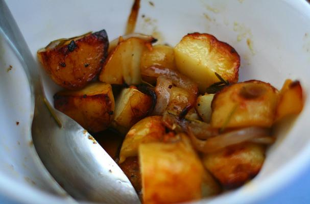 honey paprika pan roasted potatoes