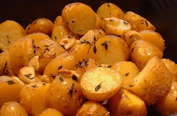 Foodista | Easy Roasted Potatoes with Garlic and Rosemary