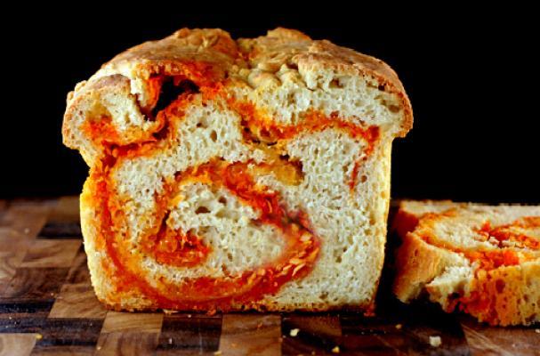 Foodista Irresistible Sriracha Cheddar Bread