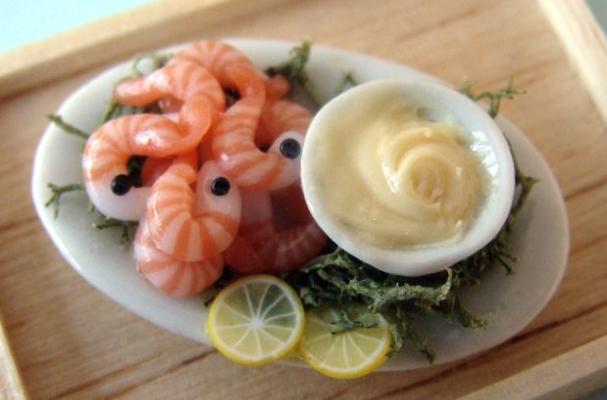 Foodista   Amazing Shrimp and Mayonnaise Miniature Food