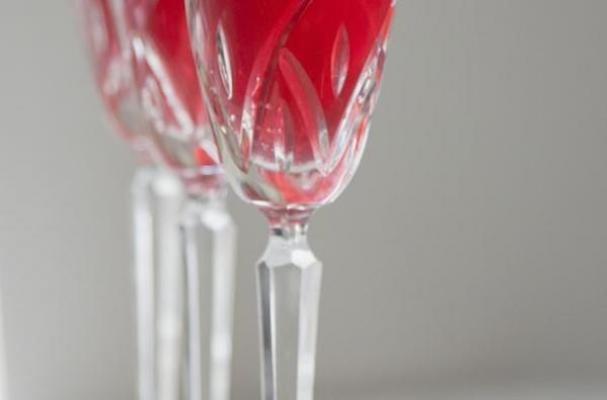 Prosecco and Pomegranate Sparkler