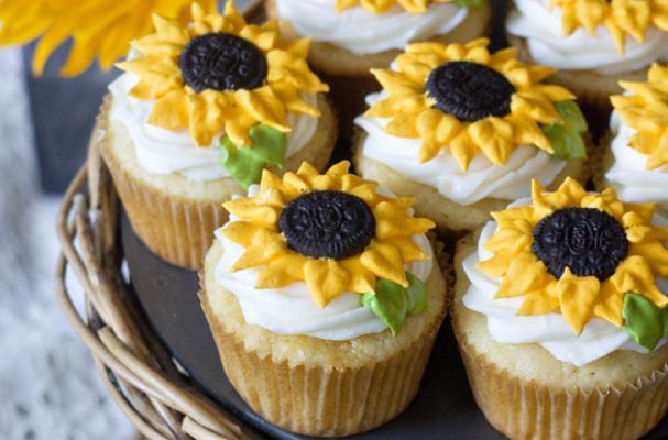 Yellow Cup Cake Restaurant