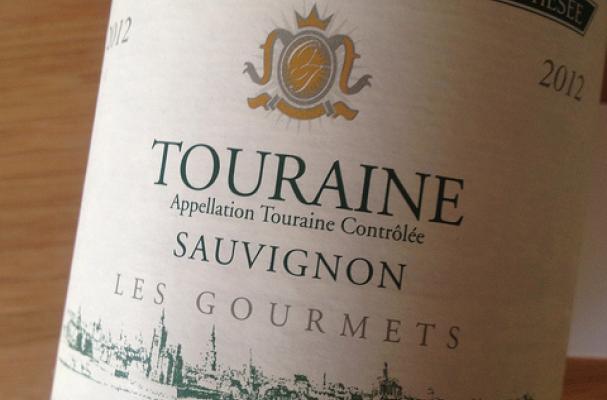bargain dry white wine touraine