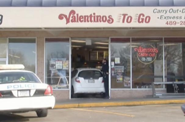 Nebraska Man Crashes Into Pizzeria With His Car and Orders a Pizza
