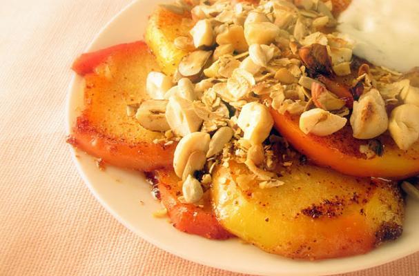 Image of Apple Crumble With Cardamom Yoghurt, Foodista